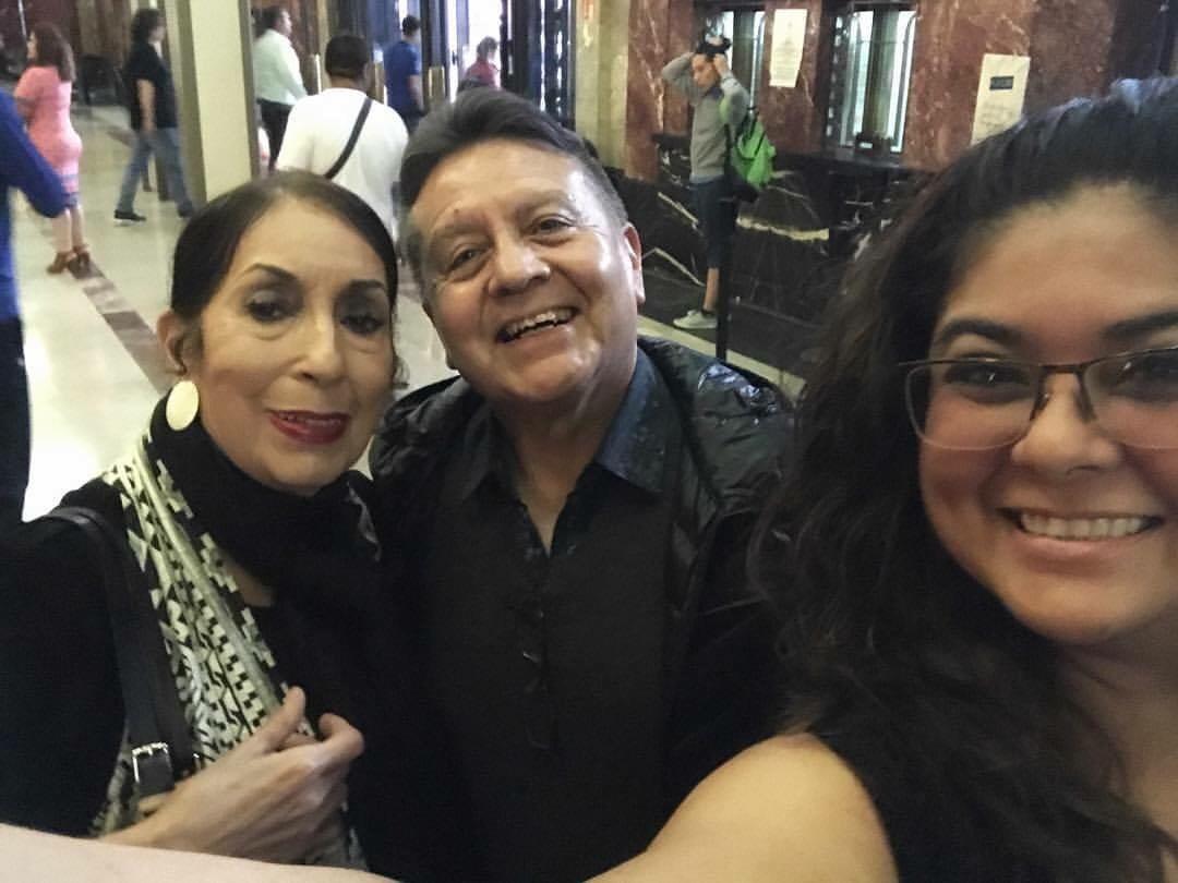 Con el Maestro Memo y la Maestra Cora en Palacio de Bellas Artes, CDMX, verano de 2017, 30 aniversario de Antares.