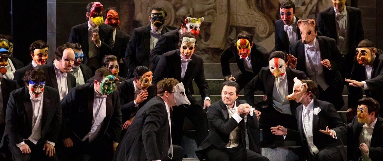 La ovación para el duque: Arturo Chacón-Cruz: el tenor mexicano que está enamorando al mundo.